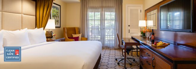 Mobile: Hotel Room With Vineyard View